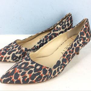 Sole Society 8.5 Leopard print Kitten heels